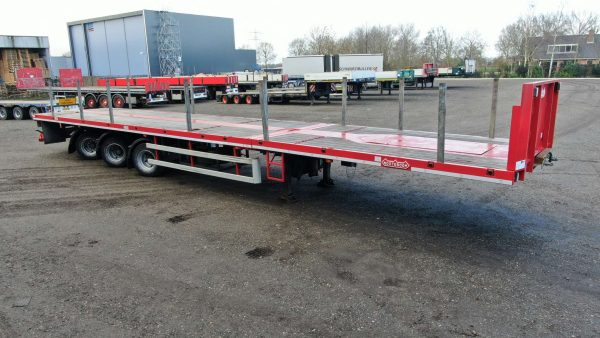 3 Axle mega trailer | king pin height 950 | double extendable till 28,8 m | payload 36,6 tons