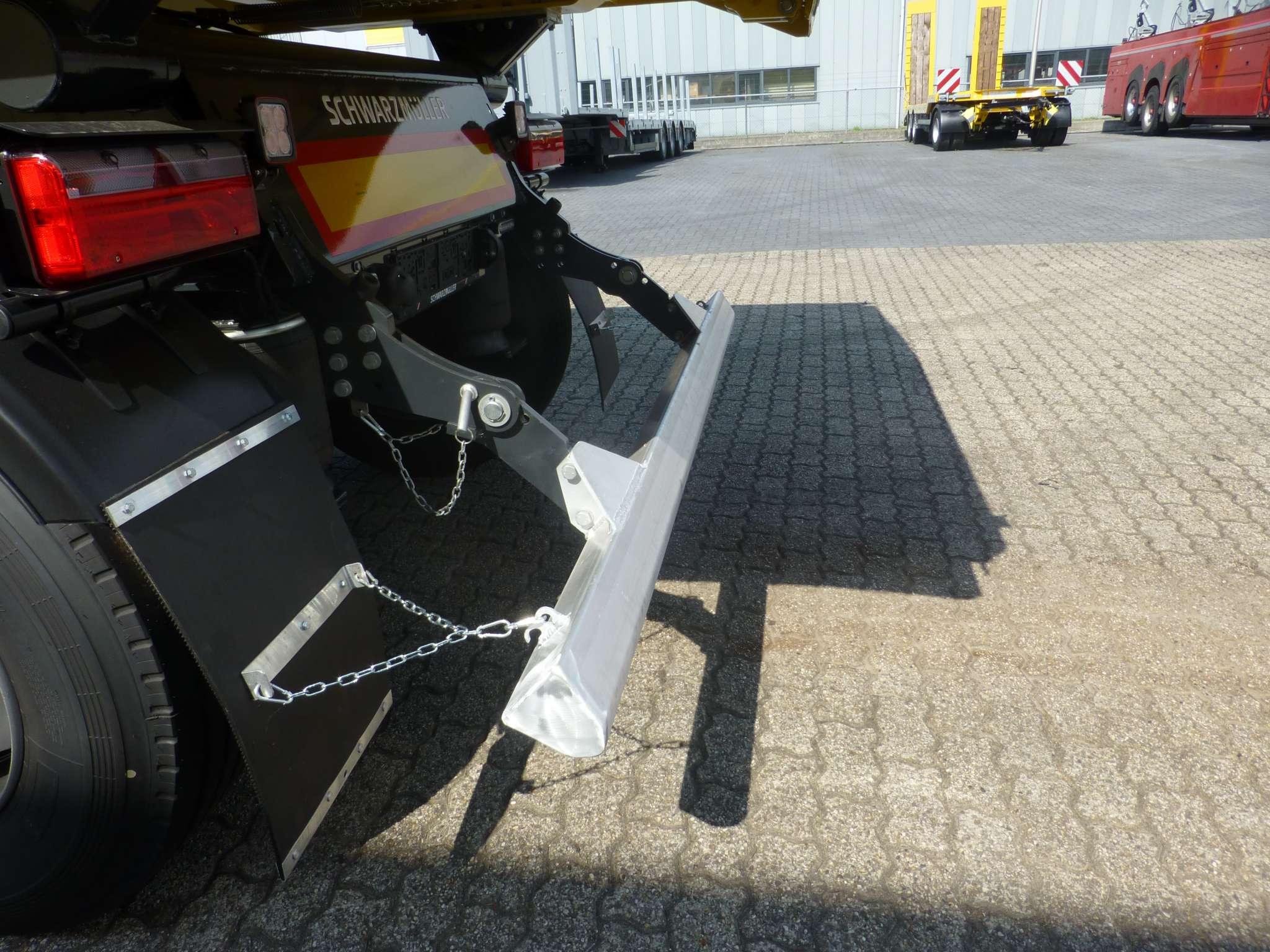 3 axle kipper width aluminium body width steel chassis