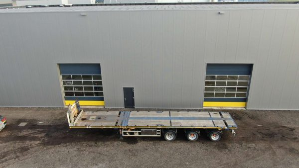 Extendable flatbed trailer | 3 axles hydraulic steering | extendable till 36 m | payload 34 t