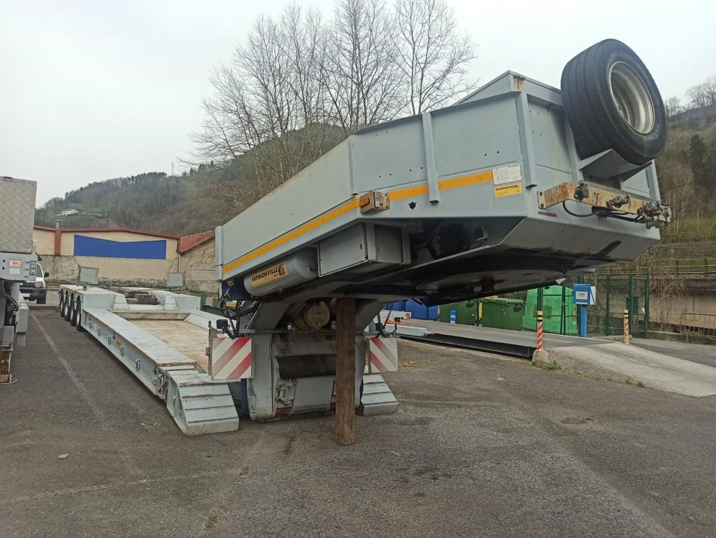 4 Axle Low-loader | vesselbed | extendable till 19 m | payload 48,8 tons