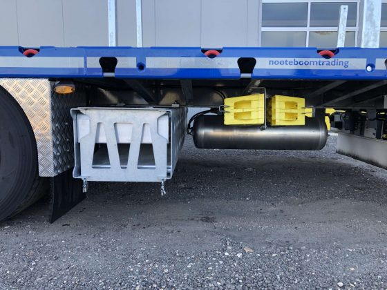 RINO® 3AXLE MEGA MACHINE TRAILER | EXTENDABLE TILL 17.5 M |SUPERLIGHT | PAYLOAD 36,6 TON | 3 UNITS ON STOCK
