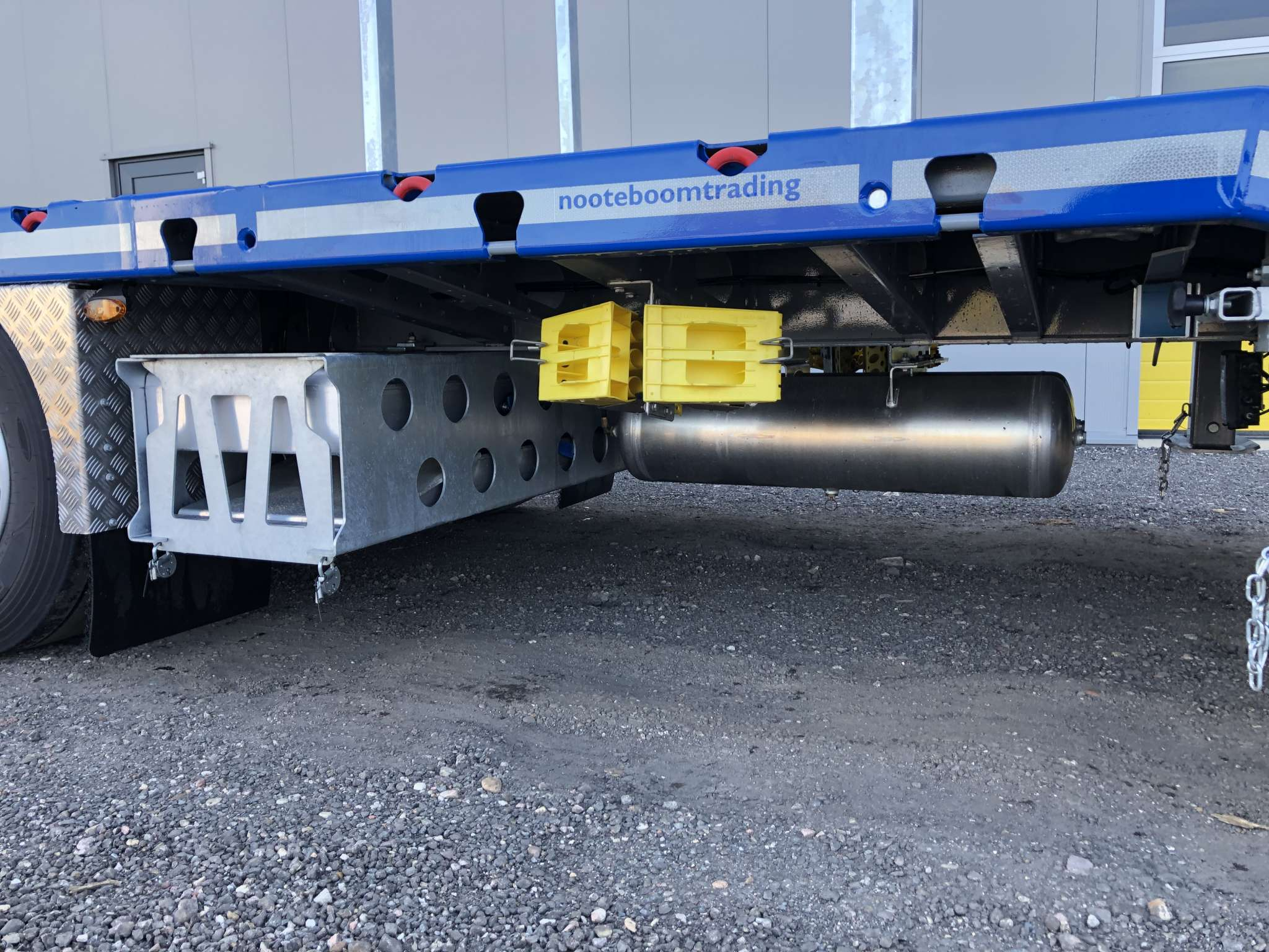 RINO® 3AXLE MEGA MACHINE TRAILER | EXTENDABLE TILL 17.5 M |SUPERLIGHT | PAYLOAD 36,6 TON | 3 UNITS ON STOCK