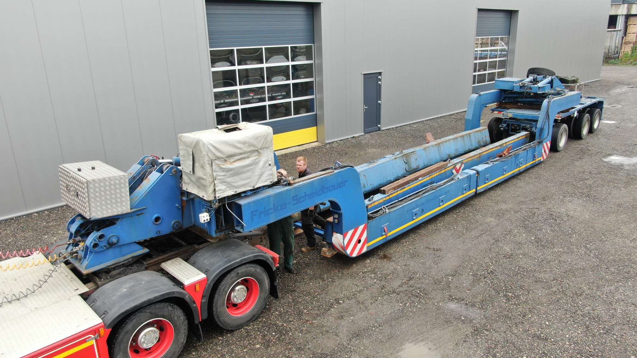 Scheuerle vesselbed with self steering dolly | 45 tons