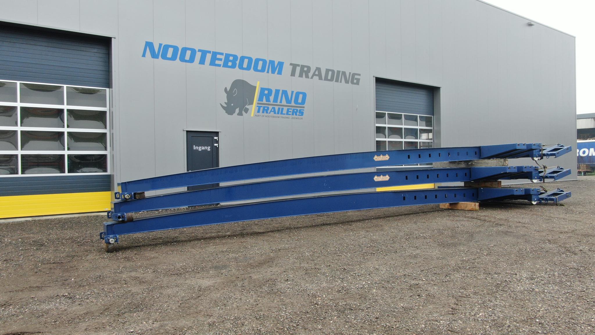 3 ongebruikte verrolbare ondersteuningsbalken (Bananen) voor Nooteboom Super Wing Carriers, om windmolenbladen langer dan 65 m te transporteren.