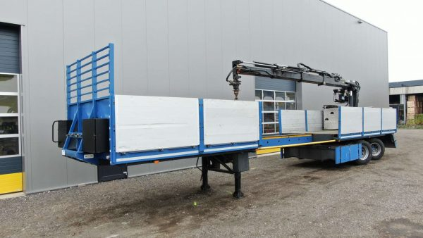 2 Axle Citytrailer with mounted crane | Hydraulic steered axles | extendable till 14.5 m | payload 27 ton
