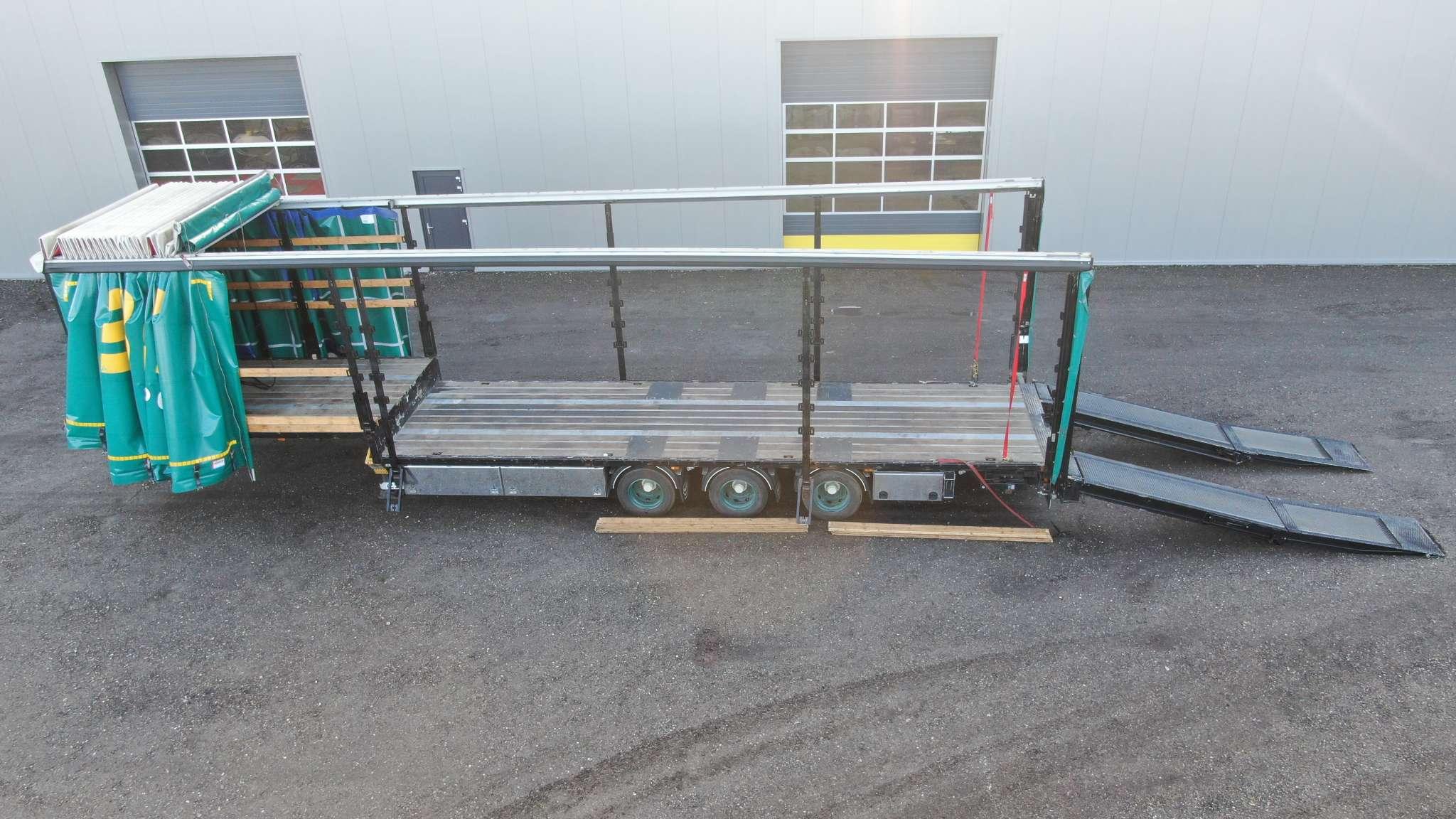 3-assige Semi dieplader met schuifzeil opbouw, verbreedbaar | incl 4.5 m opritten | laadvermogen 30 ton