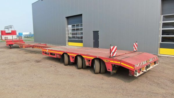 3 axle semi lowbed | 2x extendable till 22,6 m | payload 38,6 tons