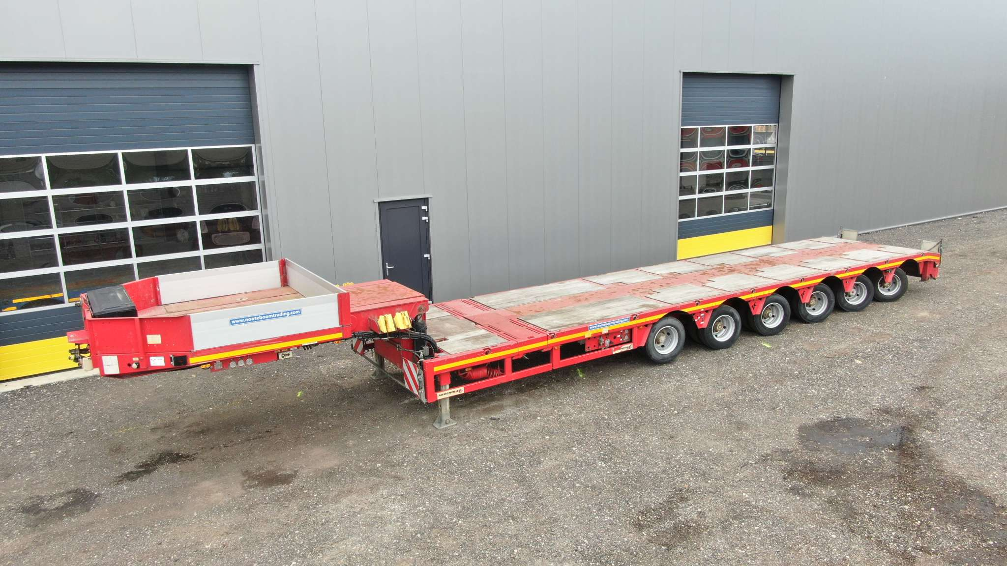 6 Axle semi lowbed | 2x extendable till 29,5 m | payload 66,4 ton