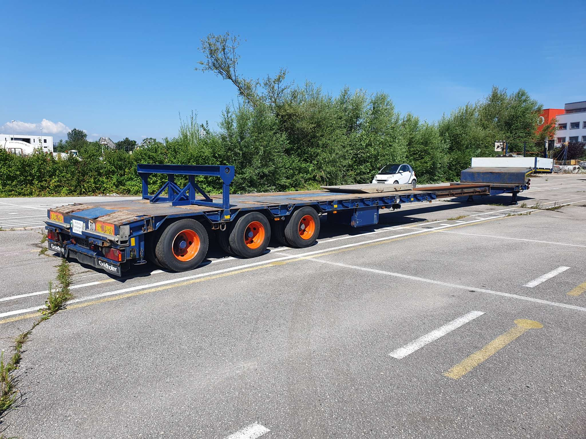 Lowbed| 3 axle hydraulically steered | extendable till 16,6 m | payload 36,4 tons
