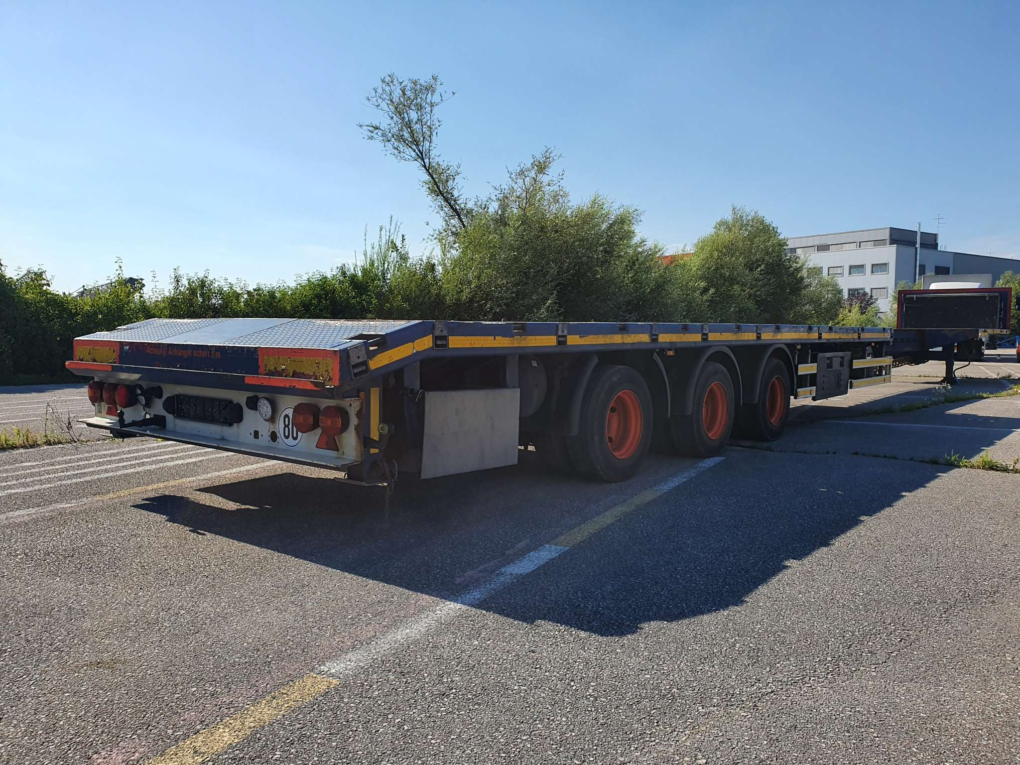 3 axle mega trailer | extendable till 20,6 m | payload 37 tons