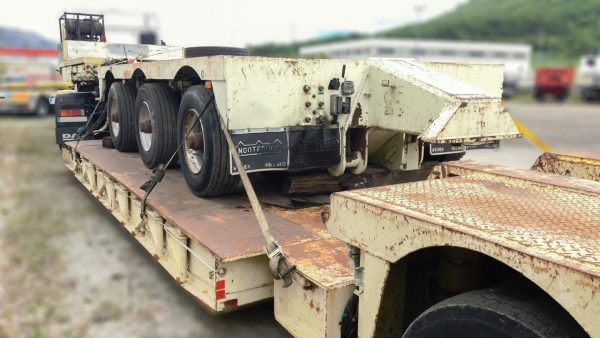 3 bed 5 Lowbed | extendable till 10 m | payload  90 tons